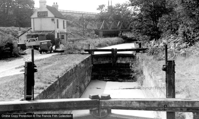 Photo of Brookwood, Basingstoke Canal c1955