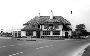 Brotherton, The Fox Inn c.1955