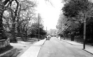 Brotton, the Avenue c1955