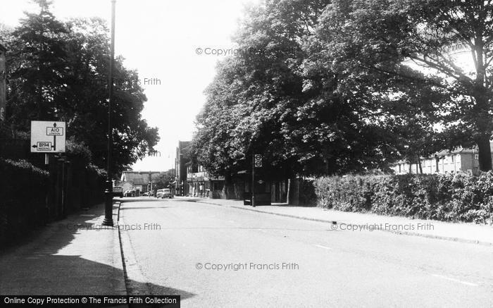 Broxbourne, St John's Parade c.1960