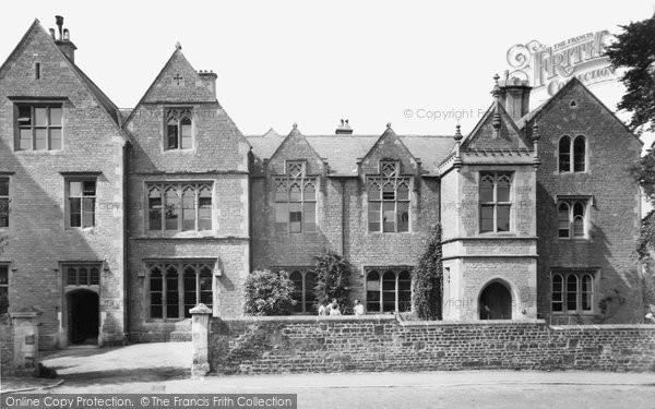Bruton, Kings School c.1960