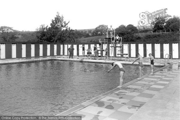 Brynamman, The Swimming Pool c.1955