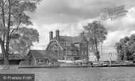 Buckenham Ferry , Beauchamp Arms Hotel, On The Yare c.1960