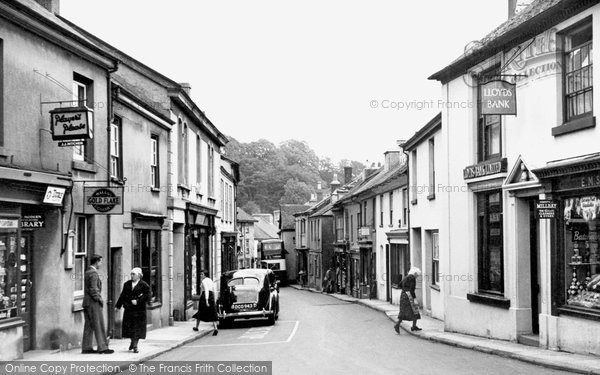 Buckfastleigh photo