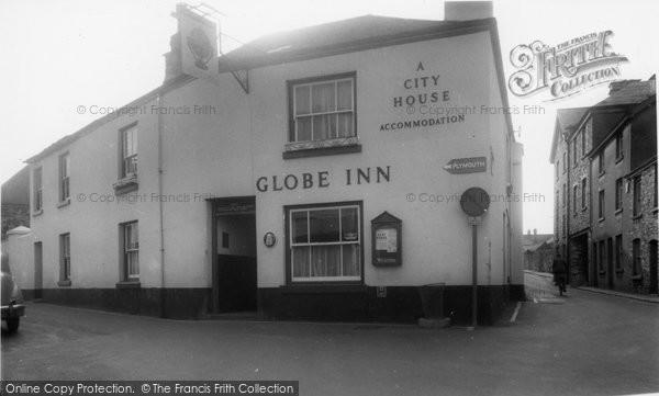 Buckfastleigh, Globe Inn c.1965