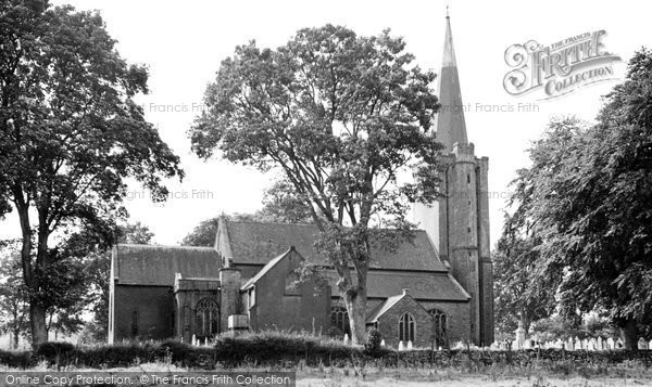 Buckfastleigh, Holy Trinity Church c.1955