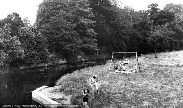 Buckingham, Great Ouse River And Childrens Playground c.1950