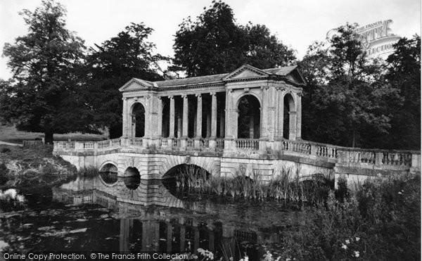 Buckingham, Palladian Bridge, Stowe School c.1955