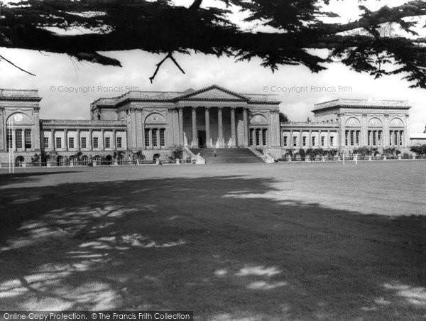 Buckingham, Stowe School South Front c.1960
