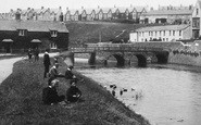 Bude, Children By The Old Bridge 1906