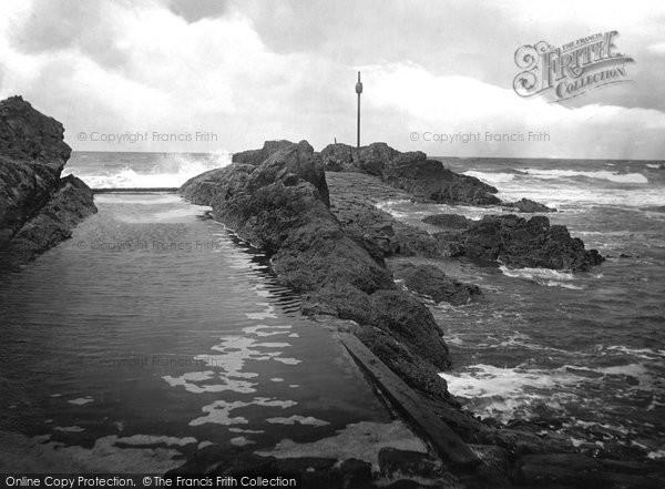 Bude, Sir Thomas' Bathing Pit 1920