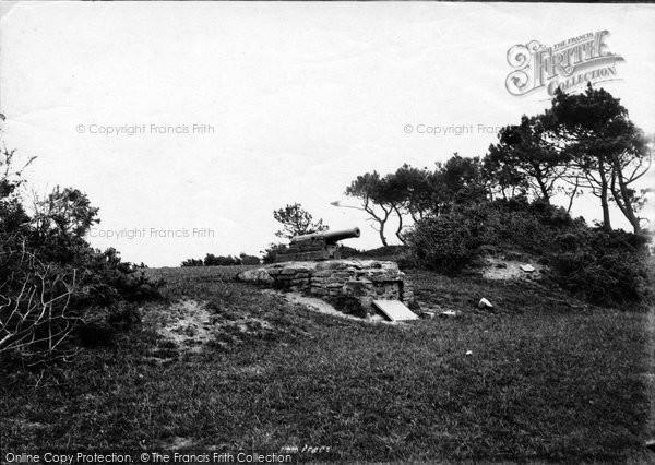 Bude, Stratton Hamford Hill Gun 1893