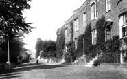 Budleigh Salterton, East Terrace 1901