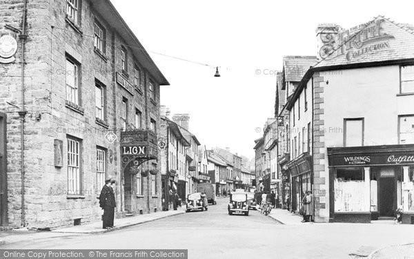 Builth Wells, Broad Street c.1955