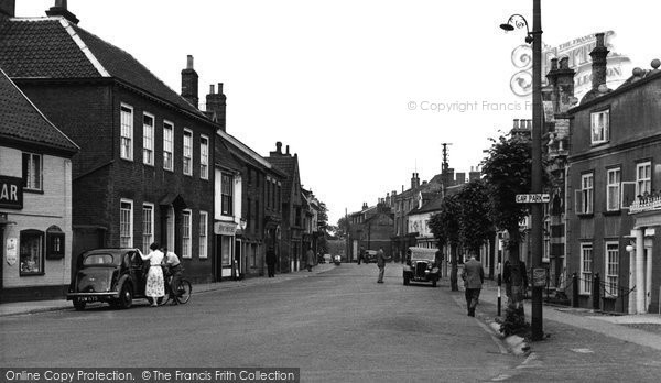 Bungay, Earsham Street c.1960
