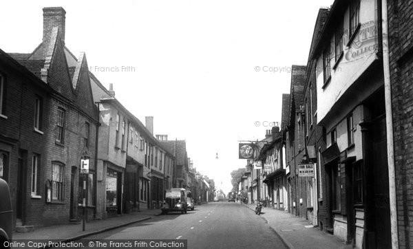 Buntingford, High Street c.1955