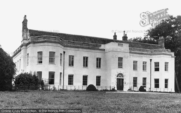 Buntingford, Wyddial Hall c.1955