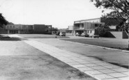 Burgess Hill, Oakmeeds School c.1960