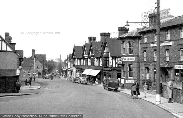 Burgess Hill, Station Road 1950