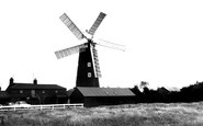 Burgh Le Marsh, The Windmill c.1965