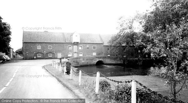 Burnham Market, Everetts Mill Bridge c.1955