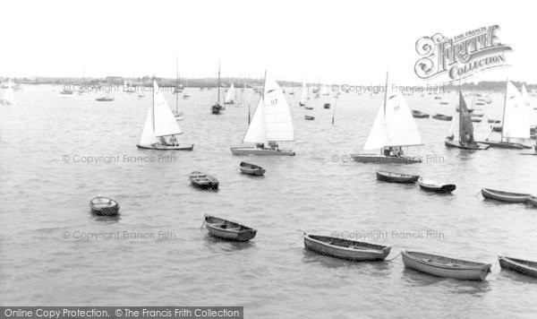 Burnham On Crouch, Catamarans Racing c.1958