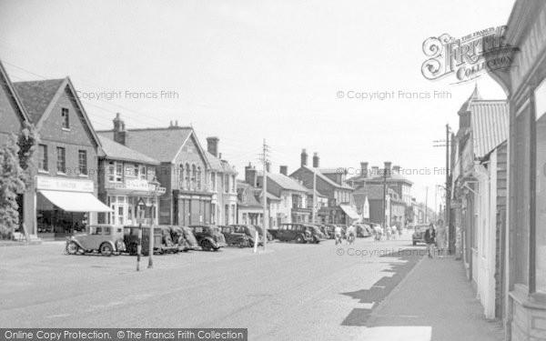 Burnham On Crouch, High Street c.1950