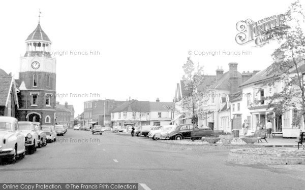 Burnham On Crouch, High Street c.1965