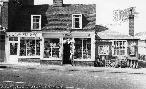 Burnham On Crouch, Shops In The High Street c.1965