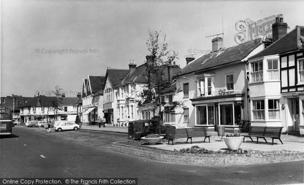 Burnham On Crouch, The Square c.1965