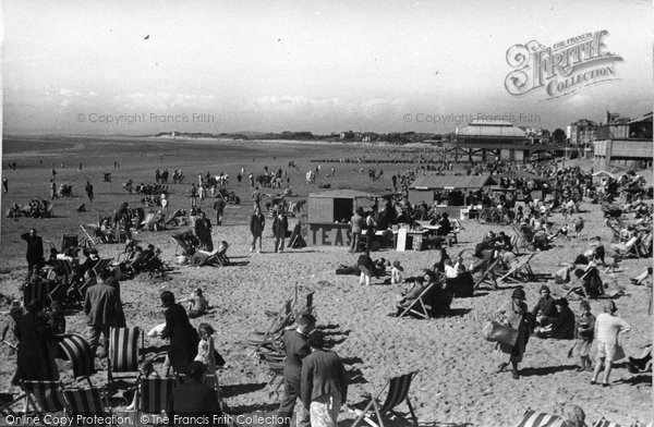 Burnham On Sea, Holiday Time On The Sands 1939