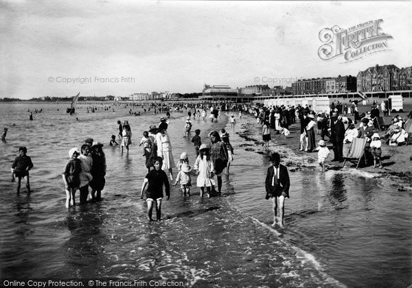 Burnham On Sea, The Beach 1918
