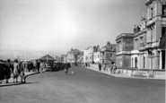 Burnham-On-Sea, The Promenade c.1939