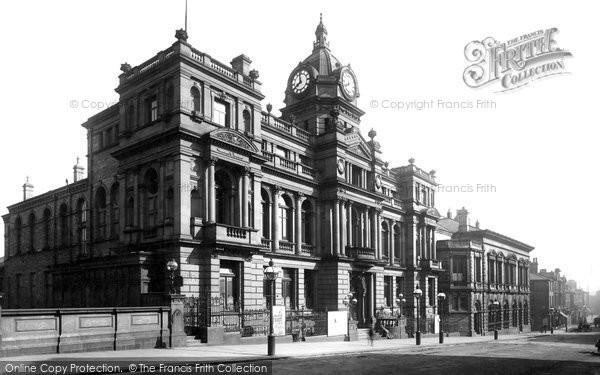 Burnley, Town Hall 1895