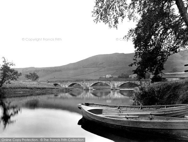 Burnsall, The Bridge 1926