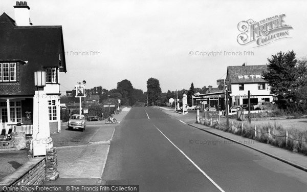 Burpham, London Road c.1960