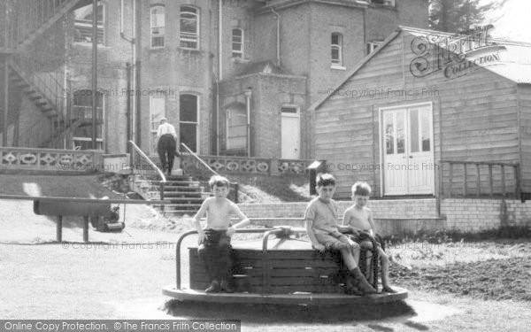Bursledon, Children At Play c.1955