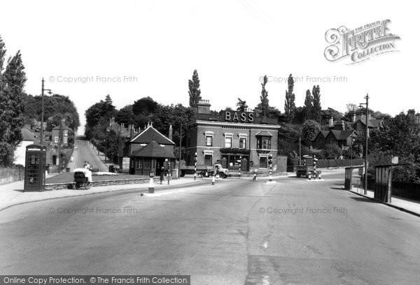 Burton On Trent, The Swan Corner 1951