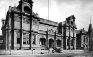 Bury, Art Gallery 1902