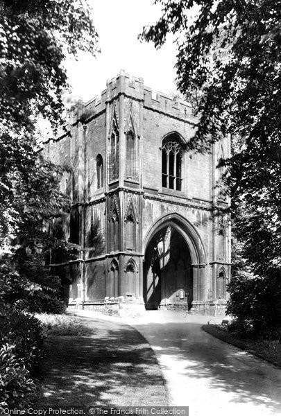 Bury St Edmunds, Abbey Gateway 1922