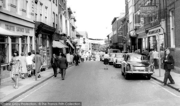 Bury St Edmunds, Abbeygate Street c.1965