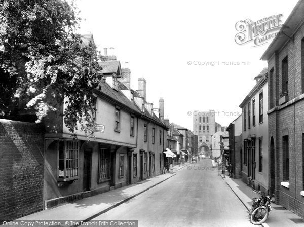 Bury St Edmunds, Churchgate 1929