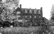 Bury St Edmunds, King Edward VI School c1955