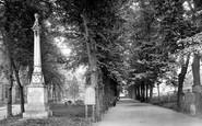 Bury St Edmunds, Martyrs' Memorial 1929