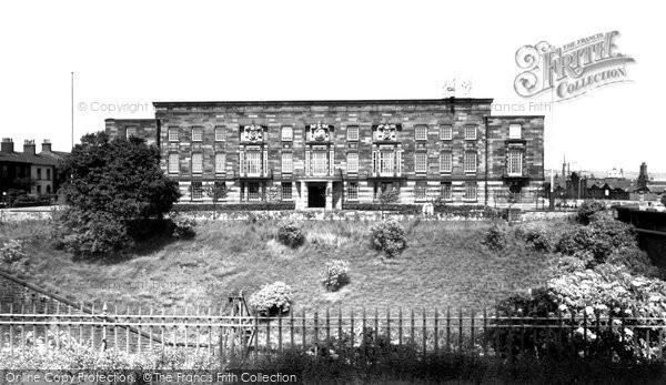 Bury, Town Hall c.1955