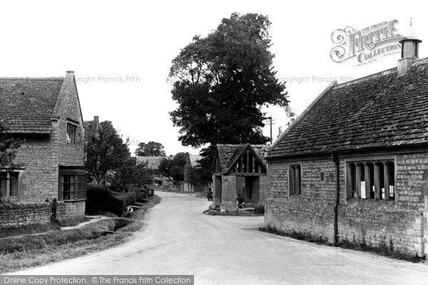 Buscot, The Village c.1955