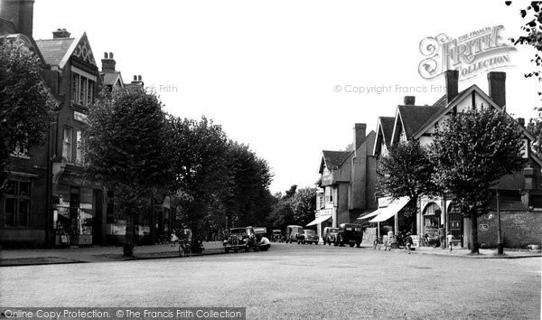 Bush Hill Park, Queen Anne's Place c.1955