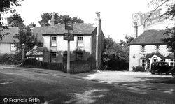 Bushey Heath, the Kings Head c1955