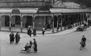Buxton, Pedestrians By Thethermal Baths 1923
