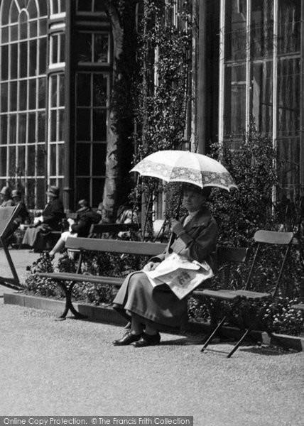 Buxton, Woman Resting 1915